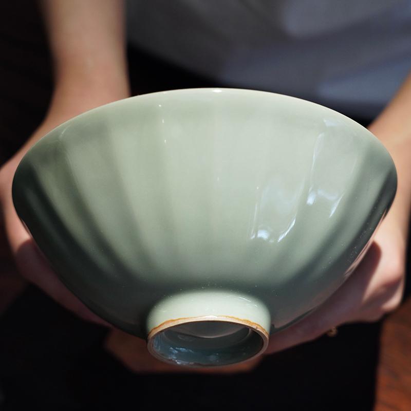 龙圣华苑 叶克明十兄复刻南宋龙泉窑莲瓣碗 仿古青釉刻花大茶碗